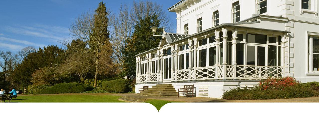 Gloucestershire Üniversitesi